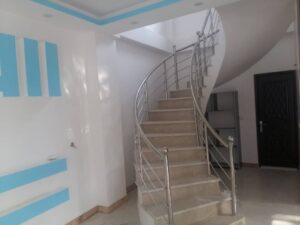 فروش خانه ویلایی ۳۰۰ متری فول امکانات دوبلکس